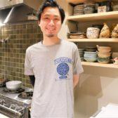 月島に「さか月」がオープン。割烹レベルの和食をお値打ち2500円コースで、厳選した日本酒とともに立ち飲みスタイルで提供