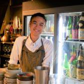 品書きは一切ナシ!お客の「あれ食べたい」にこたえる日本酒深夜食堂「夜寄」が西麻布に開業。日本酒の名店「角屋」で7年店長を務めた友寄樹氏が満を持して独立