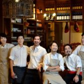 丸の内にスペイン料理業界を牽引するV&Kの4店舗目「バル・ポルティージョ・デ・エスパーニャ」がオープン。初の商業施設、テラス付き路面店に挑戦!